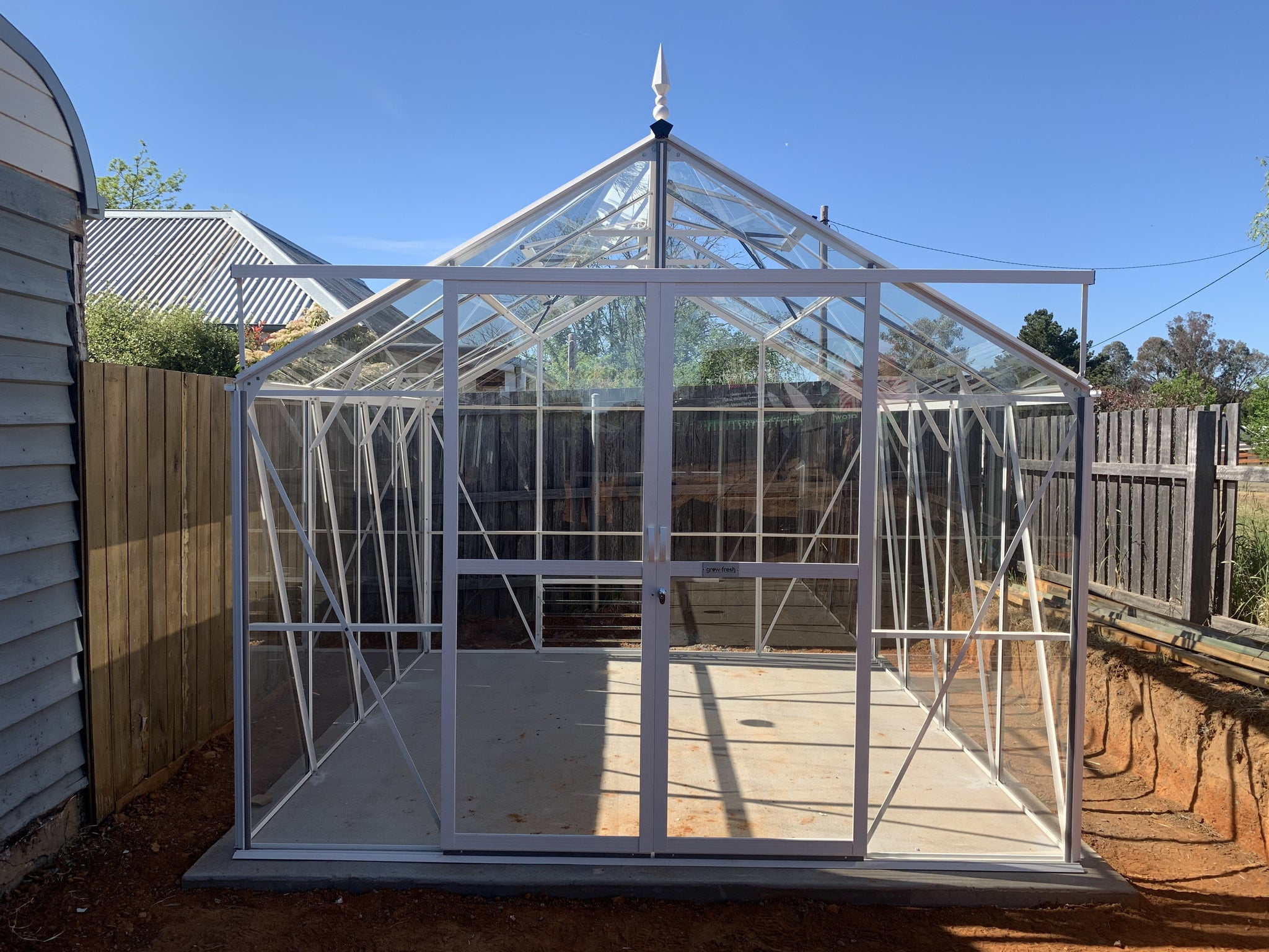Grow-Fresh Greenhouses Windsor Junior 3000 Glasshouse (White)