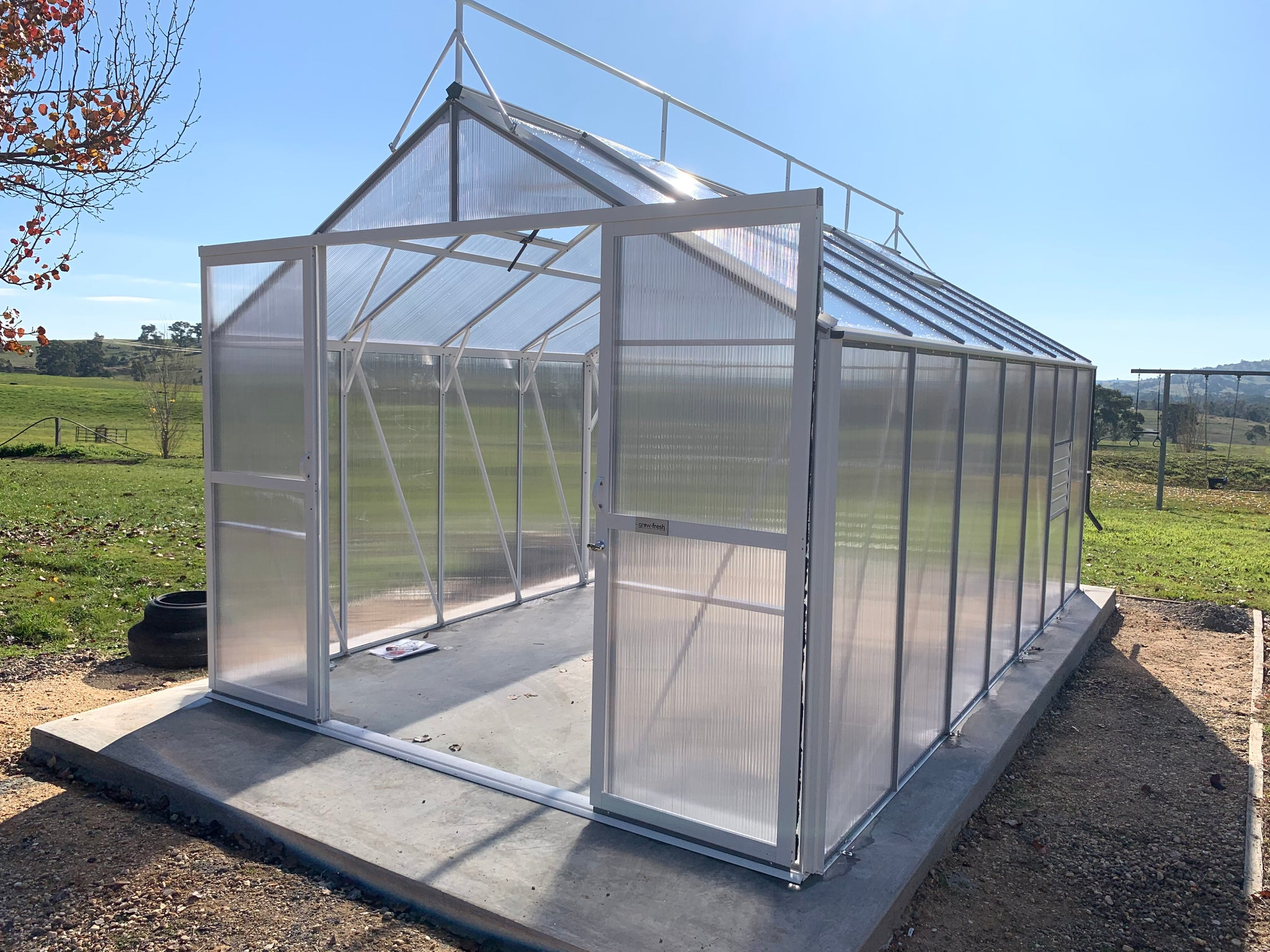 Windsor Junior 5200 Greenhouse- 5.2Lx3.0Wx2.6Hm (17x9.7x8.5ft)