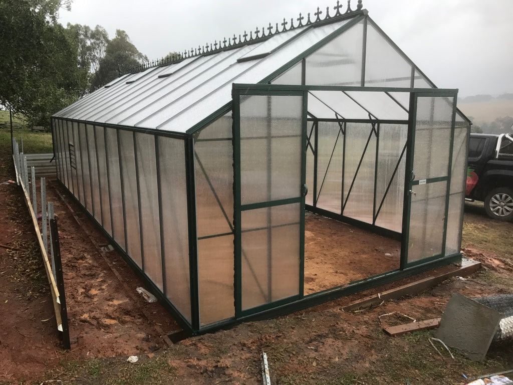 Windsor Royale 9500 Greenhouse- 9.5Lx3.7Wx2.8Hm (31.1x12.1x9.2ft)