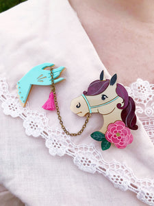 M'Lady's Mare Chatelaine Set