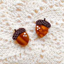 Load image into Gallery viewer, Autumn Days Acorn Stud Earrings Set