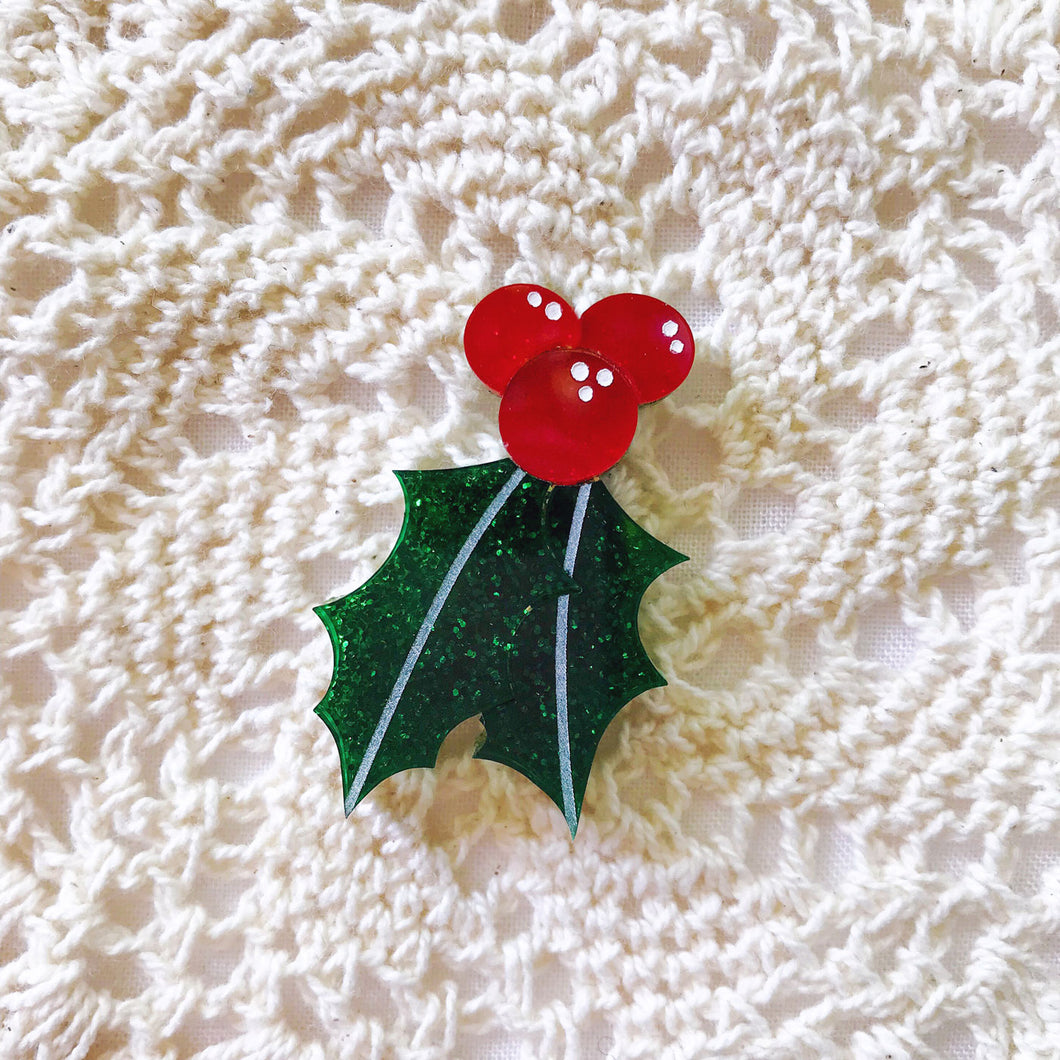 Happy Holly Pin