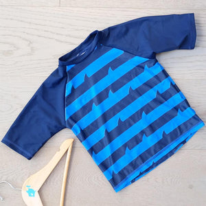 Big Fisch Shark Fin Rash Vest
