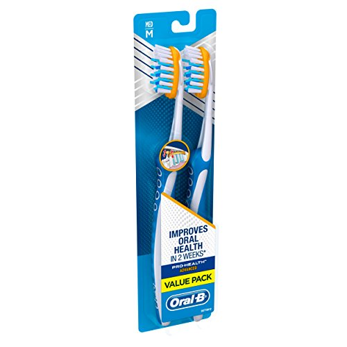 Oral-B Pro-Health Clinical Pro-Flex Toothbrush With Flexing Sides, 40M - Medium, 2 Count