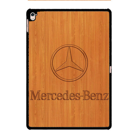 Mercedes Benz Woody Background