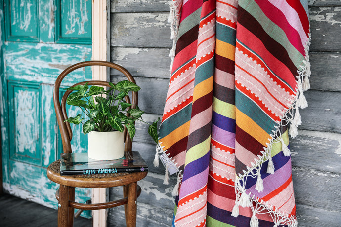 Round Tassel Throw 'Fiesta'