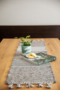 Table Runner 'Mayan'