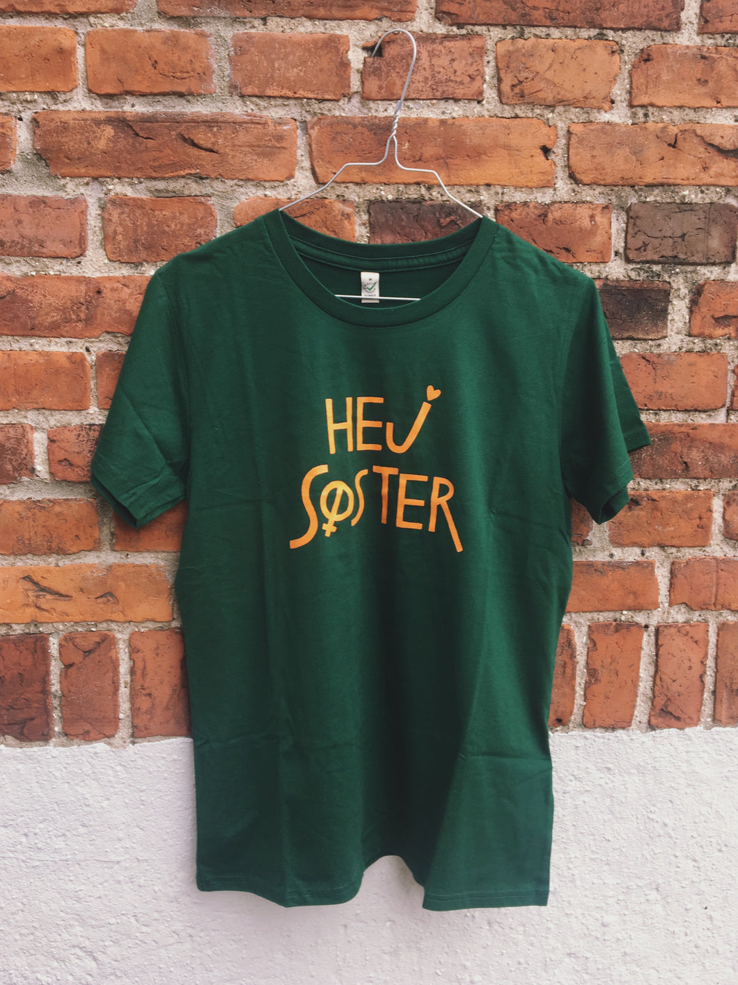 Hej Søster Classic Fit Green/Orange Tee