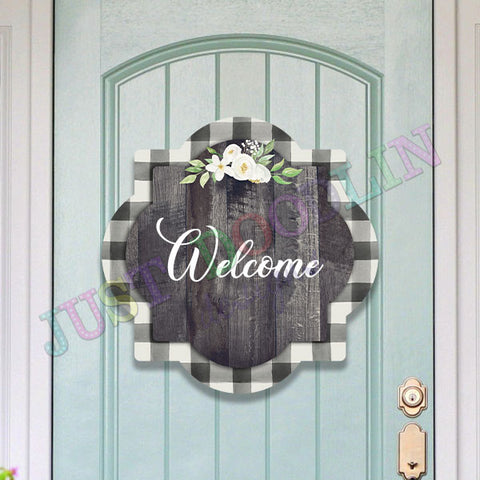Door Hanger - Quatrefoil design