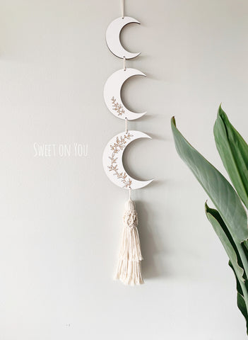 *PRE ORDER* 3 BOTANICAL MOONS in white