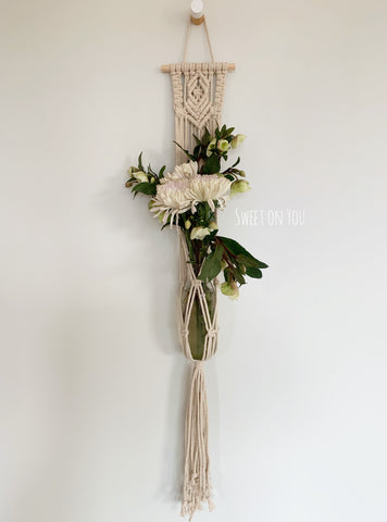 BLOOM MACRAME POT/BOTTLE HANGER