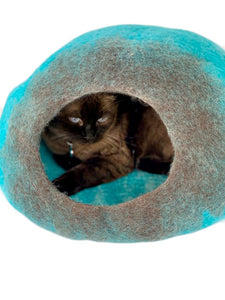 Large Cat Cave, Handmade 100% Natural Wool - Blue/Brown Ombré