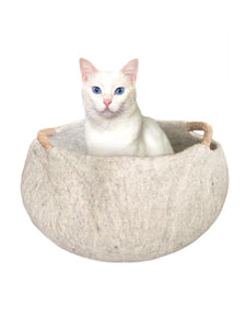 Large or Extra Large Handmade 100% Natural Wool Basket Bed -Neutral/Beige with a natural hemp rope handles