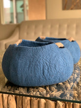 Load image into Gallery viewer, Large or Extra Large Handmade 100% Natural Wool Basket Bed - Idigo Blue with a natural hemp rope handles