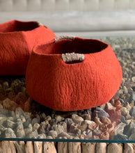 Load image into Gallery viewer, Large Handmade 100% Natural Wool Basket  - Burnt Orange/Brick with a natural hemp rope handles