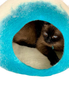 Handmade 100% Natural Wool Cat Cave - White/Blue Ombré