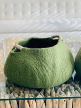 Load image into Gallery viewer, Large Handmade 100% Natural Wool Basket  -Dark Green with a natural hemp rope handles