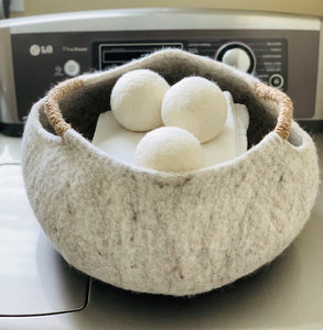 Medium Handmade 100% Natural Wool Basket  - Neutral with yarn handle