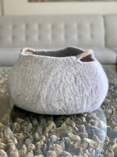 Load image into Gallery viewer, Extra Large Handmade 100% Natural Wool Basket  - Beige with a natural hemp rope handles