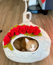 Load image into Gallery viewer, Handmade out of a Natural Wool Twisty Tail Cave - Marble with Roses