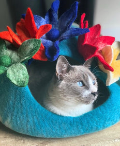 Handmade 100% Natural Wool Cat Cave - Lily Pond