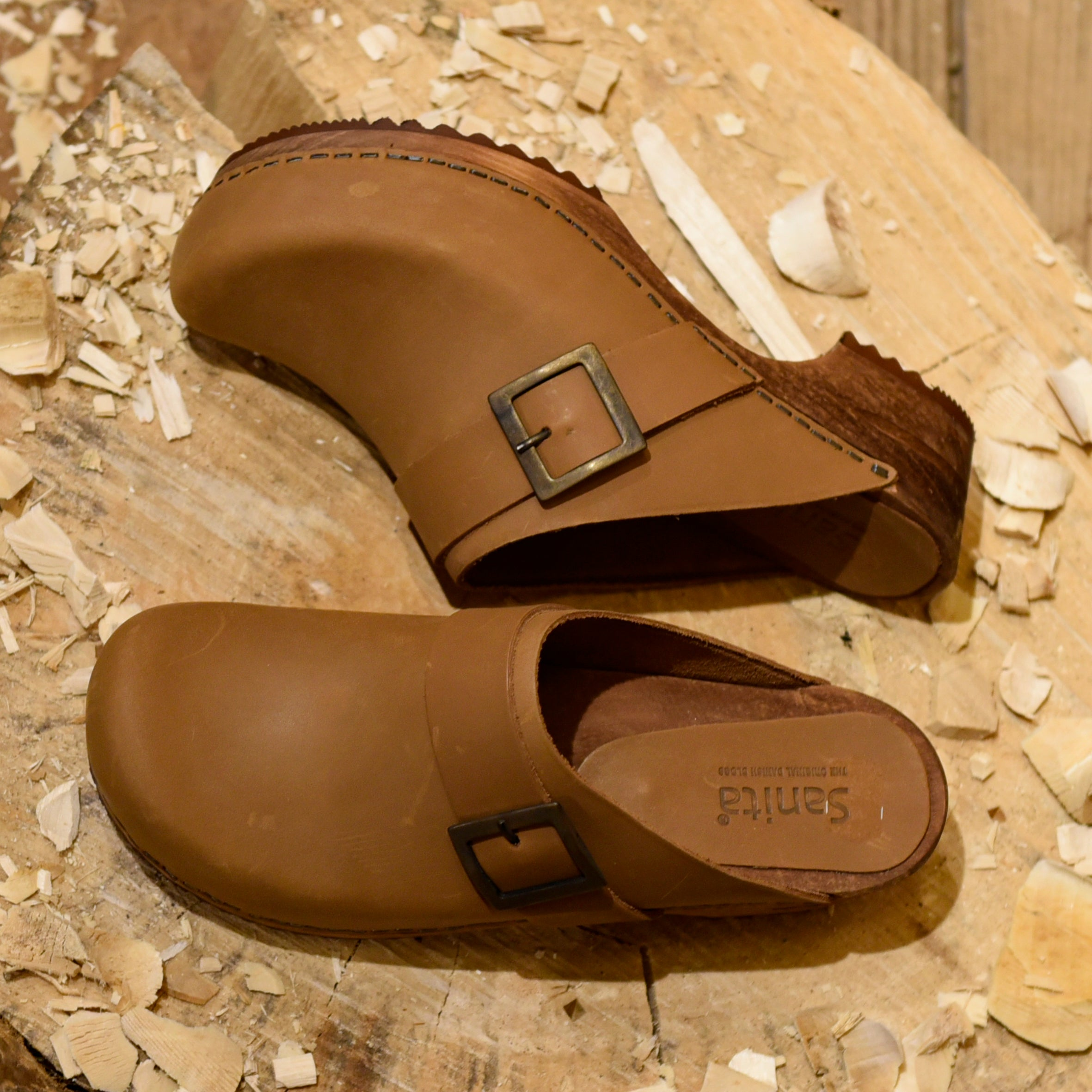 Cognac Oil Leather Clogs