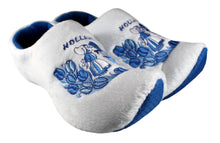 Load image into Gallery viewer, Delft Blue Kissing Couple Slippers