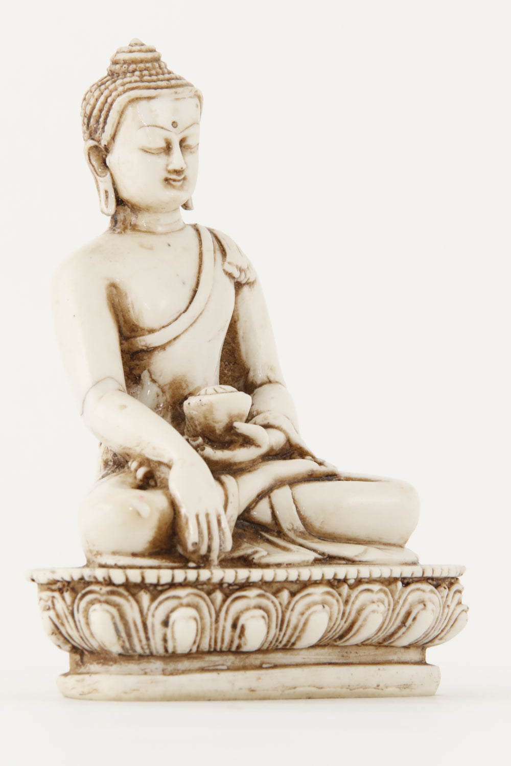 EARTH TOUCHING BUDDHA STATUE OFF-WHITE MEDIUM SIZE SIDE VIEW
