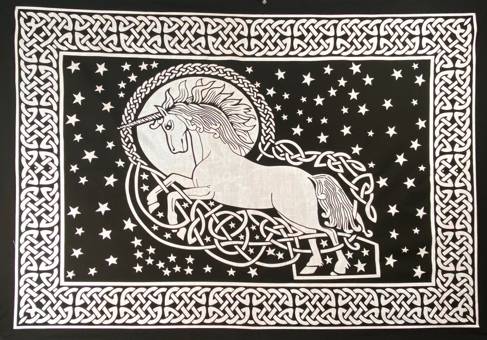 UNCICORN TAPESTRY POSTER SIZE WHITE