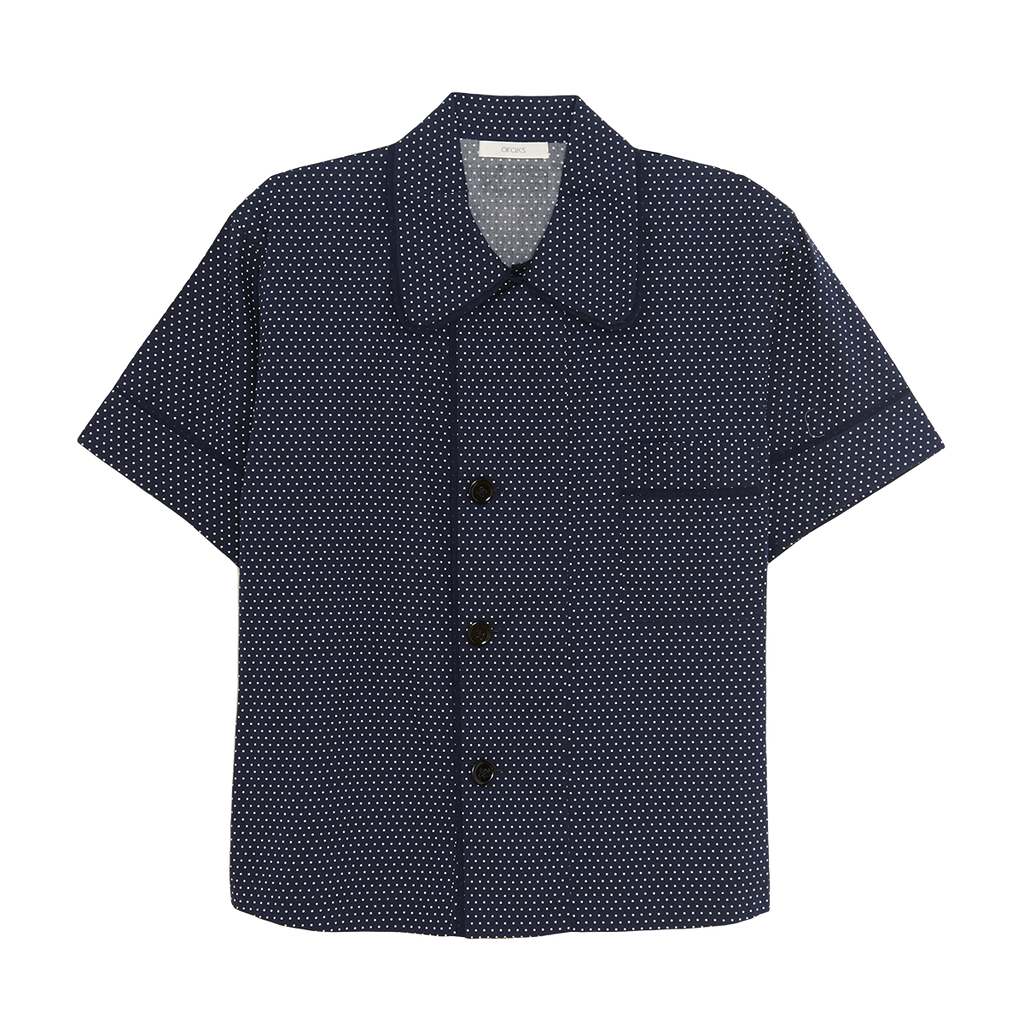 Dark blue based with white dots cotton collared short-sleeved sleep shirt with left breast pocket and contrast piping
