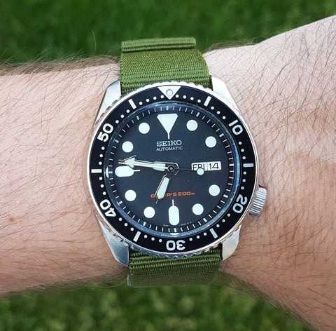 Seiko SKX007 with 22mm Army Green Nato from Watch Off The Cuff