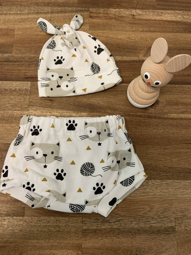 Baby Hat and Bummies Set- Cream Cat