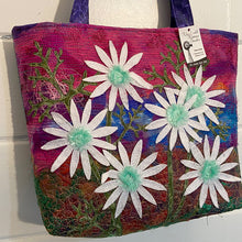 Load image into Gallery viewer, Original Handmade Quilted Australiana Handbag - Daisies