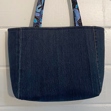 Load image into Gallery viewer, Original Handmade Quilted Australiana Handbag - Waterhole