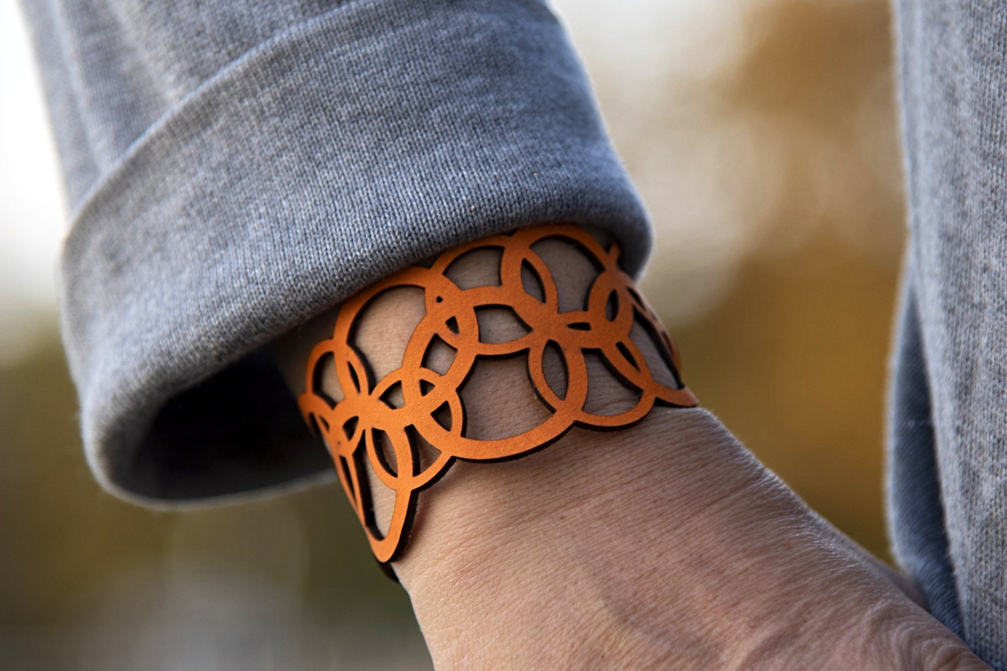 Interlaced Circles Leather Bracelet