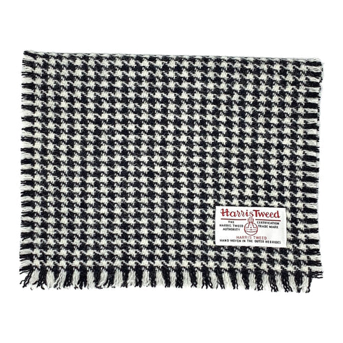 Harris Tweed of Scotland Scarf in a Black and White Houndstooth
