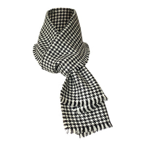 Harris Tweed of Scotland Scarf in a Black and White Houndstooth Whole Scarf