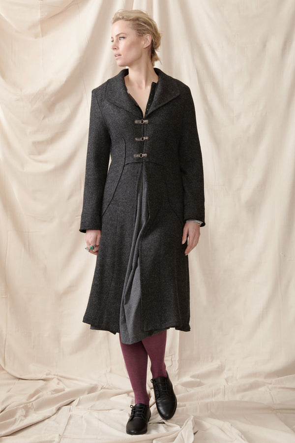Wool long fitted lined coat in charcoal