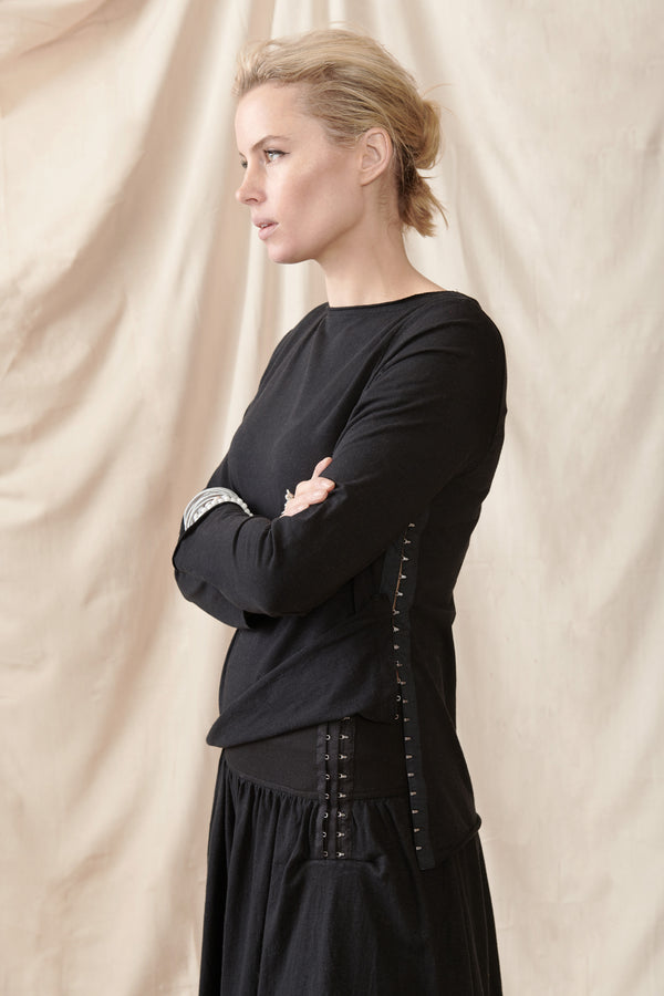 Black hemp organic cotton long sleeve top with hook and eye side detail