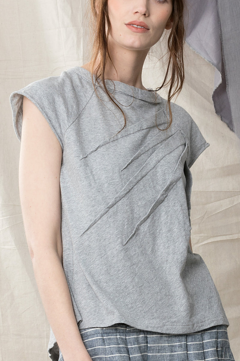 Hemp organic cotton grey short sleeved top with dart detail an raw hems