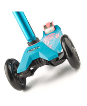 Load image into Gallery viewer, Maxi Micro Deluxe Scooter (Aqua)