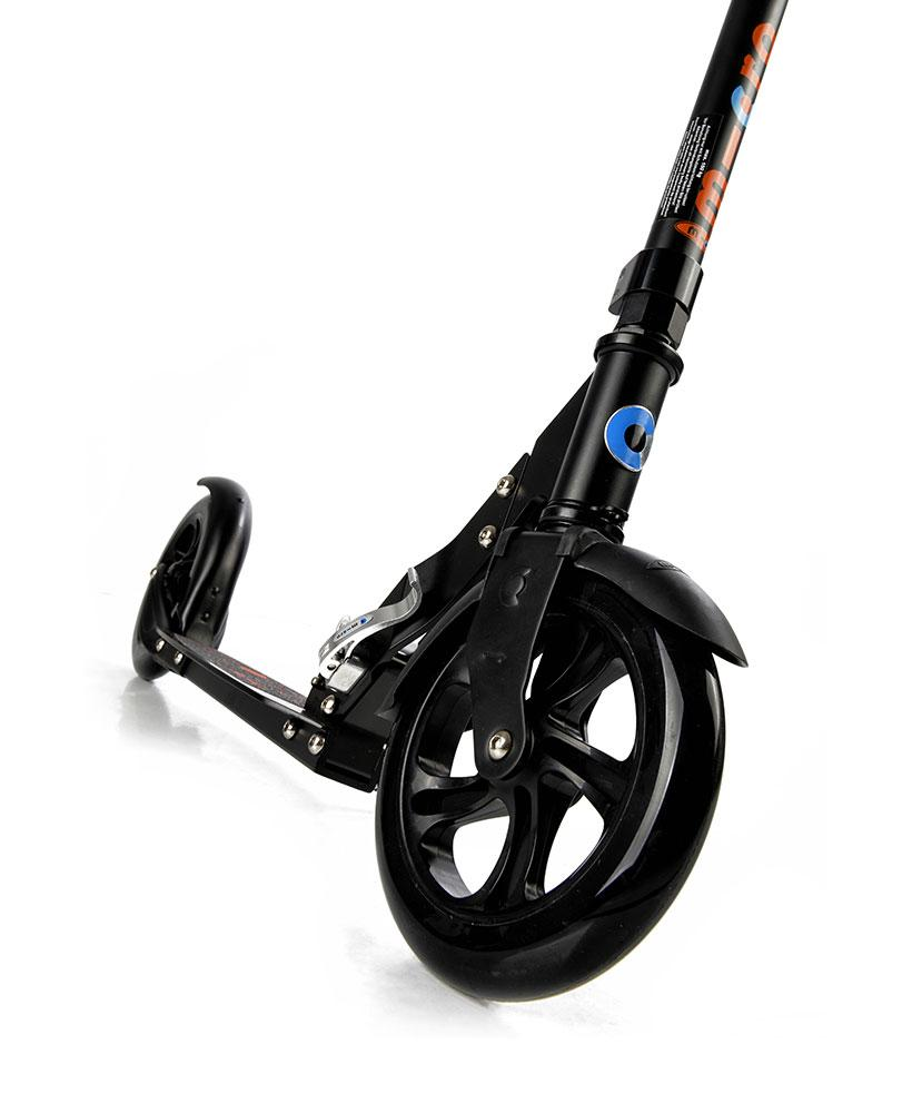 Micro Classic Adult Scooter (Black)
