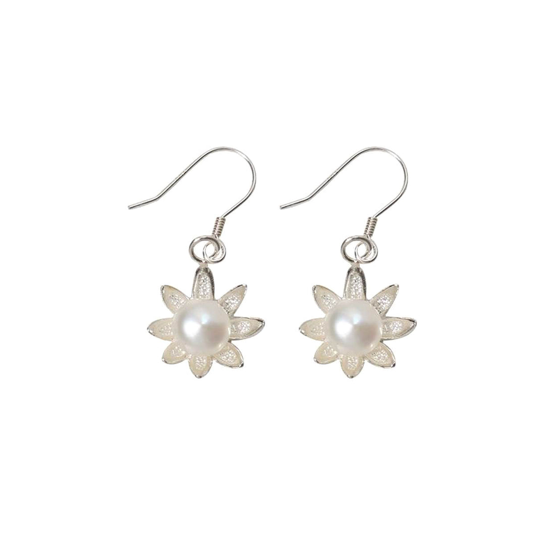 Natural Daisy Pearl Fresh 925 Sterling Silver Earrings /