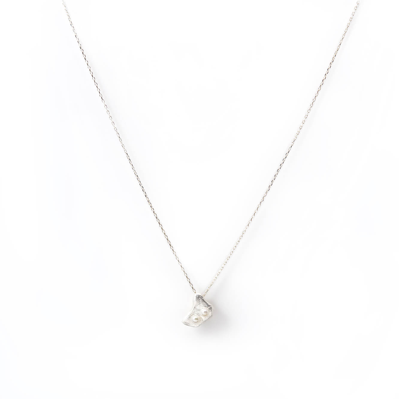 Perle Necklace in Sterling Silver