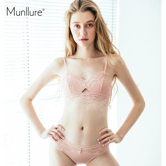 Munllure Fashion Eyelash Lace Thin Women Triangle Cup Underwear Sexy Hollow Out Solid Lace Bra Set Lingerie New