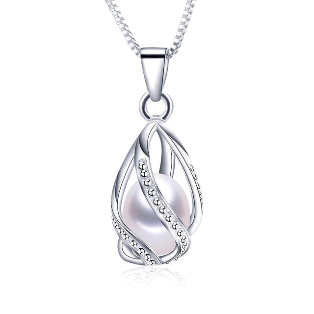 Mermaid's Tear Freshwater Pearl Pendant Necklace