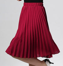 Load image into Gallery viewer, Pleated vintage skirt