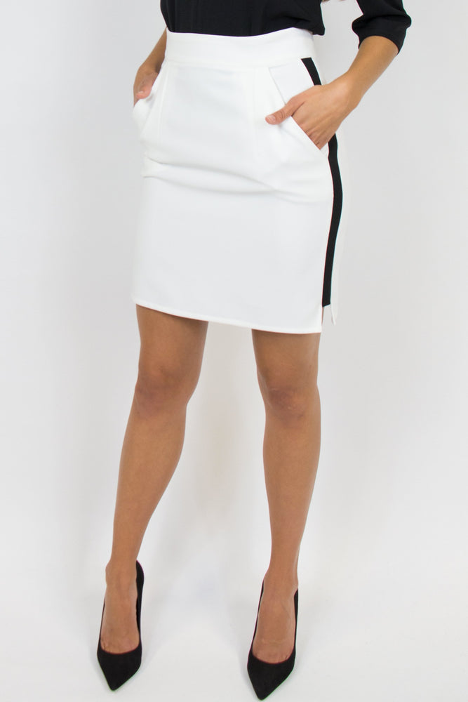 INDEX IVORY (Also available in black)