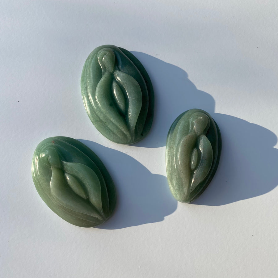 Green Aventurine Yoni Carving