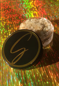 Golden Lip Scrub